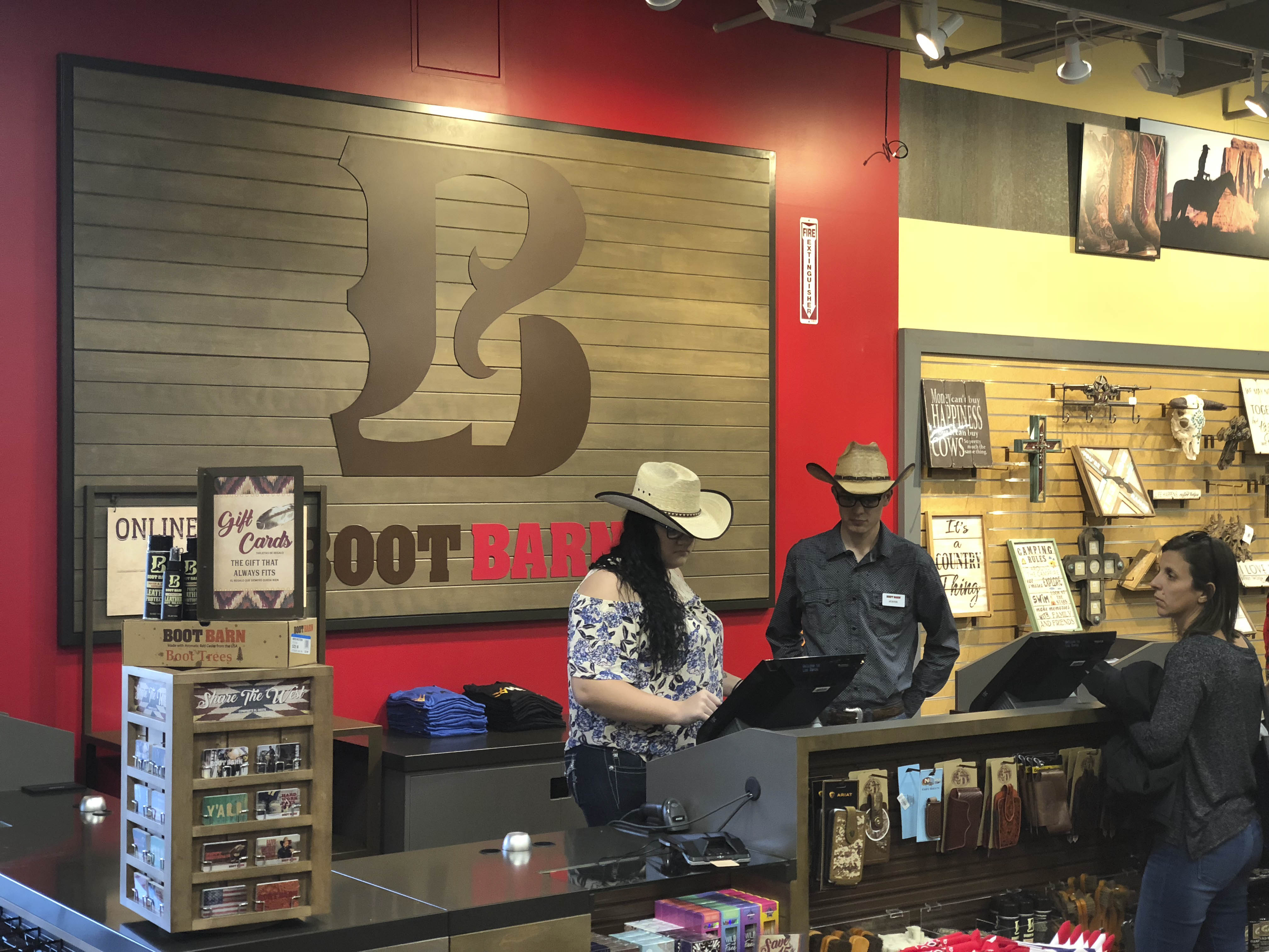 a58f2bf0571 Boot Barn Grand Opening – Breaking Local News